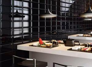 215820_inspirations-carrelage-commerce-restaurant-bar-metro-carrelage-gres-cerame-faience-mur-allonge-noir-bord-biseaute-schelfhout.jpg