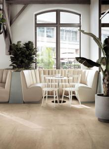 227106_inspirations-carrelage-commerces-restaurant-brasserie-carrelage-pierre-calcaire-beige-clair-ciment-couleur-moderne-schelfhout.jpg