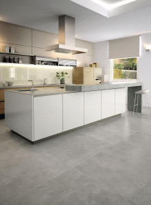 214998_inspirations-carrelage-cuisine-tendance-epuree-imitation-beton-gris-clair-schelfhout.jpg