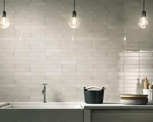 221965_inspirations-carrelage-cuisine-block-carrelage-metro-carrelage-irregulier-rectangle-fin-credence-cuisine-gris-beige-greige-schelfhout.jpg