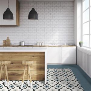 223749-224301_inspiration-carrelage-cuisine-20x20-carreaux-de-ciment-imitation-tons-bleus-moderne-schelfhout.jpg