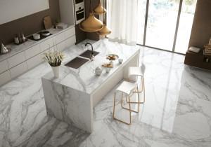 226371_inspirations-carrelage-cuisine-imitation-marbre-melange-chic-veines-credence-ilot-central-tendance-moderne-schelfhout.jpg