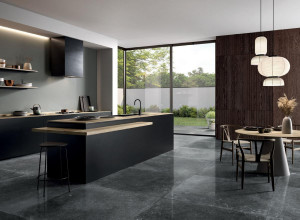 226930_inspirations-carrelage-cuisine-tendance-pierre-naturelle-brillant-noir-clair-schelfhout.jpg