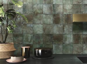 227887_inspirations-carrelage-cuisine-credence-carre-vert-emerald-decor-originalite-couleurs-caractere-gres-cerame-schelfhout.jpg