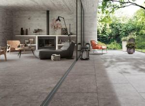 218160-218159_inspirations-carrelage-terrasse-exterieur-pierre-naturelle-gris-mouchetee-meme-carrelage-interieur-exterieur-schelfhout.jpg