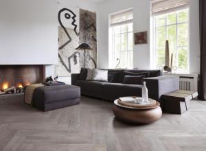 215114_inspirations-carrelage-sejour-salon-imitation-parquet-fonce-schelfhout.jpg