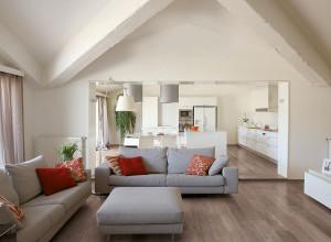 215115_inspirations-carrelage-sejour-salon-imitation-parquet-clair-schelfhout.jpg