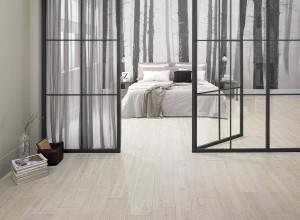 220569_inspirations-carrelage-chambre-imitation-parquet-ceramique-clair-blanc-schelfhout.jpg