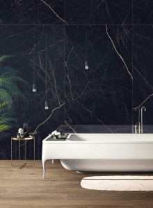 228332-inspirations-carrelage-salle-de-bain-marbre-noir-veine-doree-xxl-grand-format-carrelage-chic-melange-bois-schelfhout.jpg