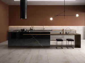 226385-inspirations-carrelage-cuisine-moderne-melange-matiere-marbre-metal-oxyde-clair-schelfhout.jpg